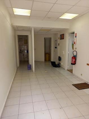 Vente divers 50 m2