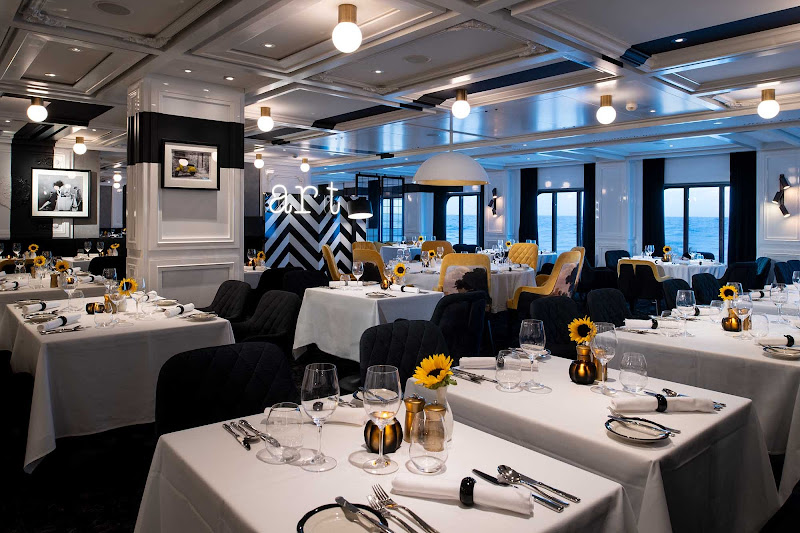 Head to the Tuscan Restaurant on Celebrity Edge for a memorable meal that evokes southern Italy.