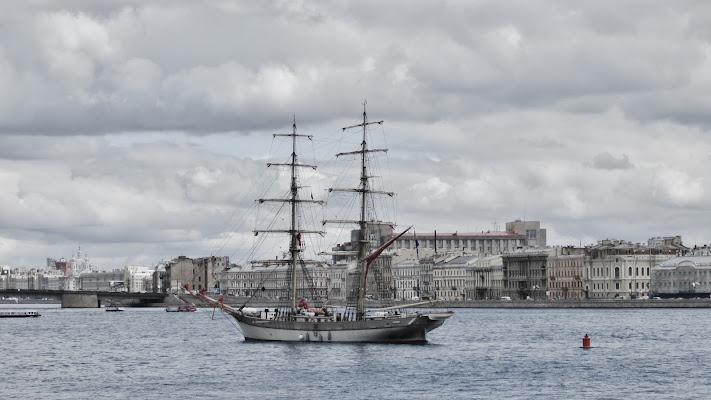 una nuvolosa giornata a San Pietroburgo di Tatiana_D