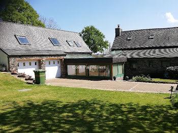 maison à Lampaul-Guimiliau (29)