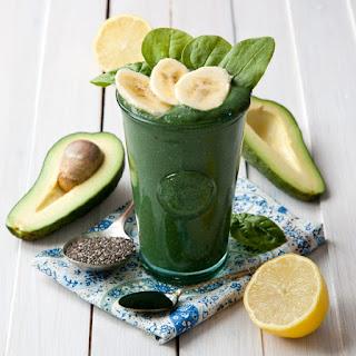 Avocado Smoothie with Spirulina Recipe