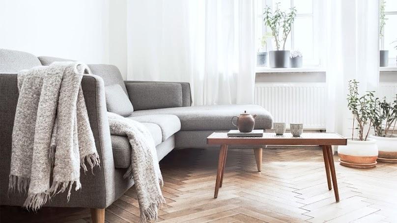 Wnętrze w stylu skandynawskim musi być bardzo dobrze oświetlone
