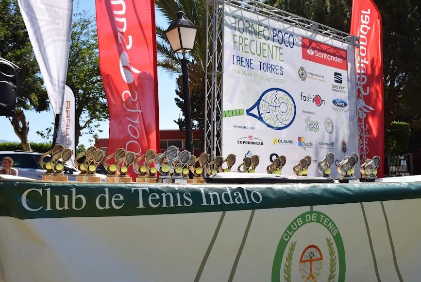 Los trofeos para los vencedores.