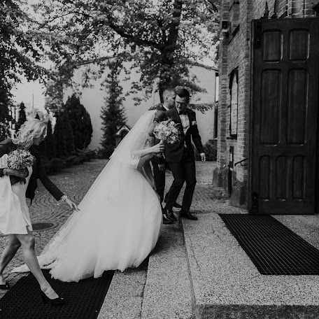 Wedding photographer Piotr Margas (MazurskieSluby). Photo of 23.03.2017