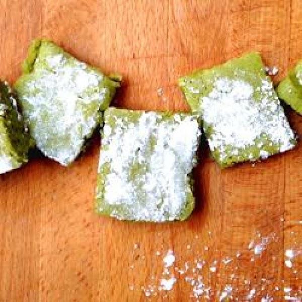 Matcha & Chia Mochi Recipe