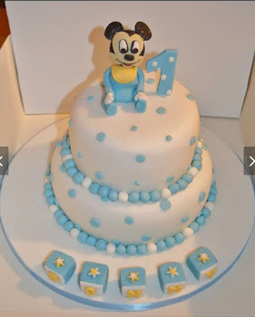 Baby's 1st bMickey Mouse Birthday cake