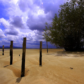 Pasir Beach-Indonesia by Andry Wahyudi Agus - Landscapes Beaches