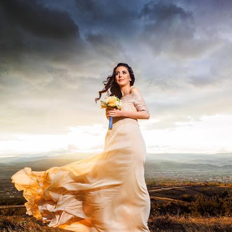 Wedding photographer Georgi Manolev (manolev). Photo of 09.11.2017
