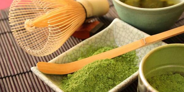 Cách trị sùi mào gà ở vùng kín tại nhà bằng trà xanh