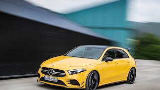 """El nuevo Mercedes-Benz Clase B pone su énfasis en el lado """"sport"""" de su concepto Sport Tourer."""