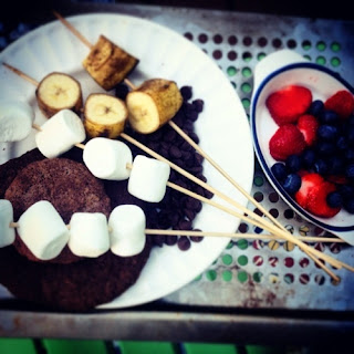 Banana & Snickerdoodle s'mores with fresh berries
