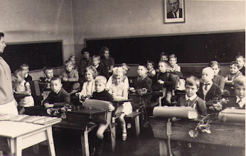 Photo: Klasse 1c 1968/69 zum Schuljahresbeginn