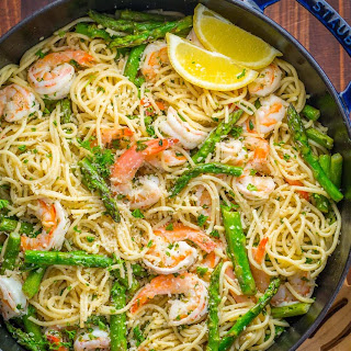 Shrimp Scampi Pasta with Asparagus.