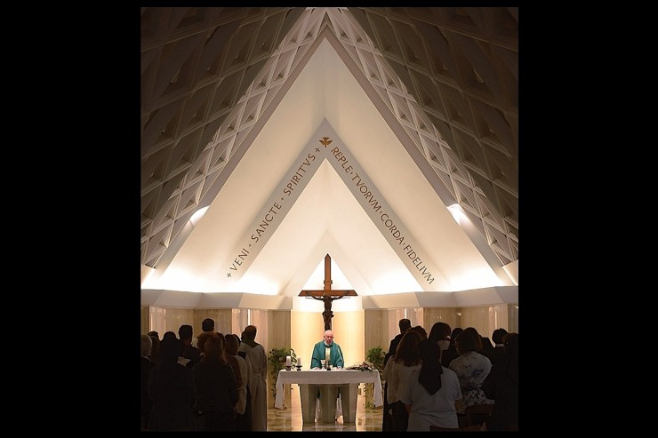 Pope Francis in Santa Marta chapel - 11 sept. 2015