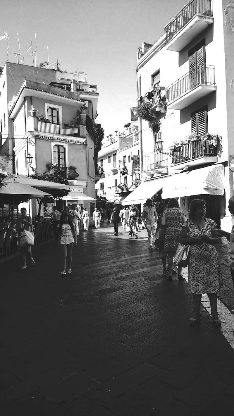 La vie en blanc et noir di ChiaraL