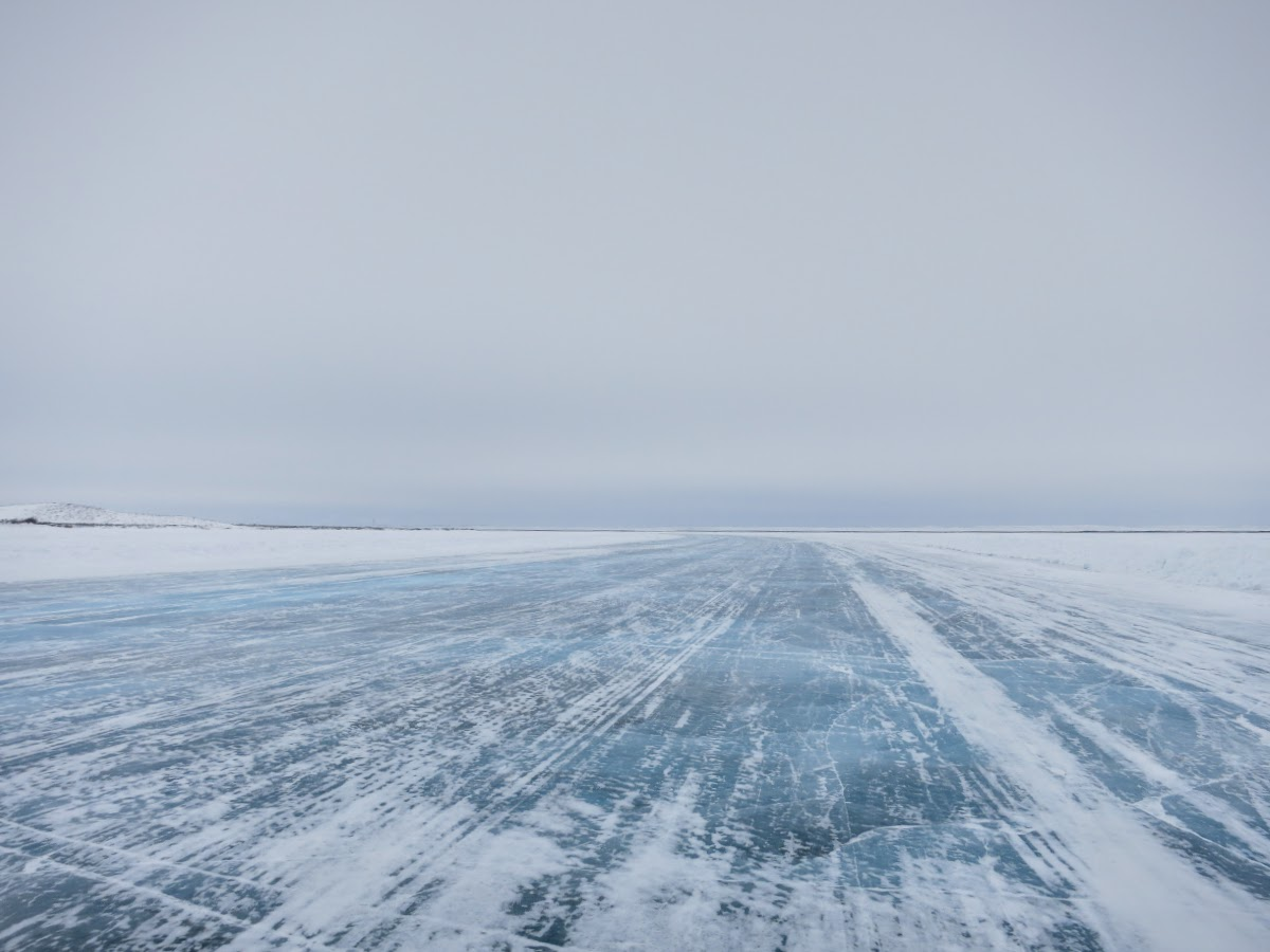 Endless horizons on the Mackenzie River Ice Road