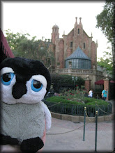 Photo: visiting with 999 happy haunts at the Haunted Mansion