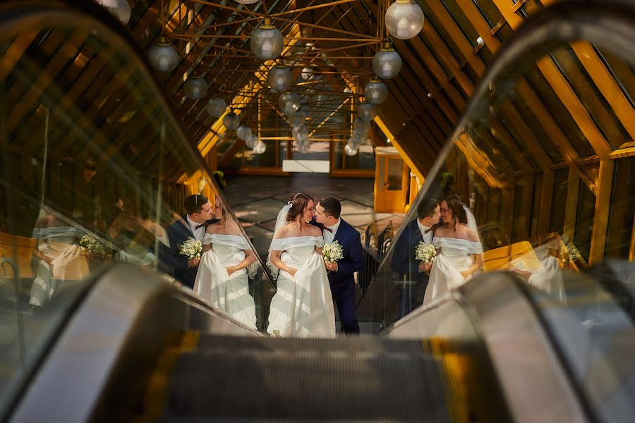 Wedding photographer Evgeniy Oparin (oparin). Photo of 11.10.2019