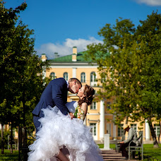 Wedding photographer Viktoriya Smelkova (FotoFairy). Photo of 30.08.2016