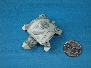 Photo: Model: Turtle;  Creator: John Montroll;  Folder: William Sattler;  1 dollar;  Publication: Dollar Bill Animals In Origami (John Montroll) ISBN 0-486-41157-5