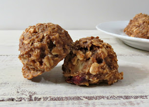 Photo: Banana Almond Breakfast Cookie - A thick, hearty, healthy vegan cookie that tastes like Banana Oatmeal.  http://www.peanutbutterandpeppers.com/2013/04/11/banana-almond-breakfast-bars/  #breakfastcookie   #vegancookierecipe   #banana   #oats   #almonds   #healthycookie   #cookierecipes   #breakfast