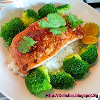 Baked Thai Salmon on Steamed Rice Recipe