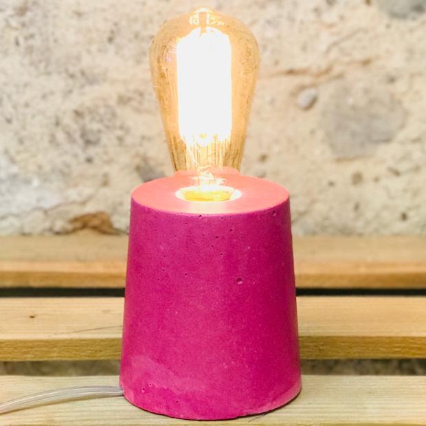 lampe béton rose fuchsia design fait-main création made in france Junny