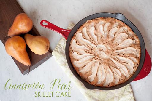 Cinnamon Pear Skillet Cake + Printable Thanksgiving Tags