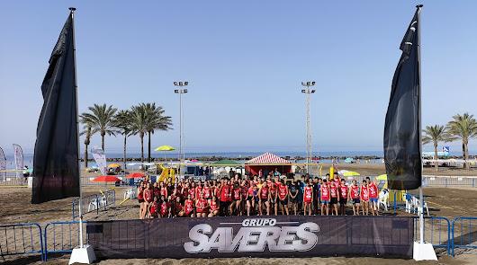 Almería sigue disfrutando del mejor voley playa