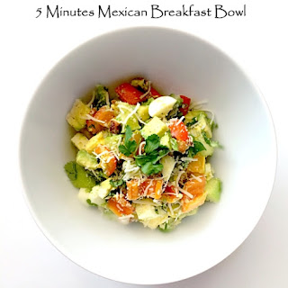 5 Minutes Mexican Breakfast Bowl.