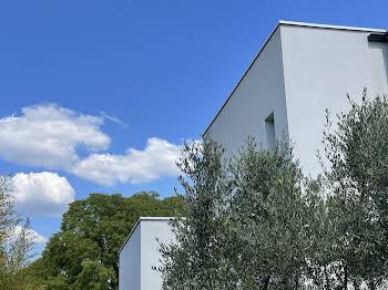 Maison 6 pièces 225 m2