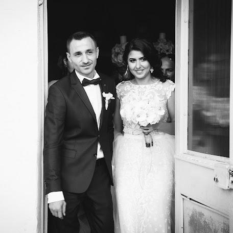 Wedding photographer Flavian Paraschivu (pfcart). Photo of 16.09.2017
