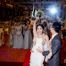 Wedding photographer Pitoon Viriyakuithong (akei789). Photo of 01.05.2017