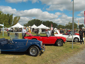 Photo: Morgan, TR 6, Lotus...