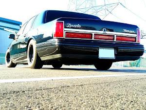 タウンカー  97年式 のカスタム事例画像 97 Lincoln  Town Carさんの2018年03月03日23:51の投稿
