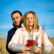 Wedding photographer Elena Roman (RespectFoto). Photo of 19.12.2015
