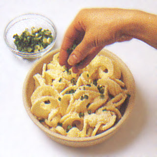 Curly Cheese Potatoes
