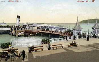 Photo: Cowes, New Pier