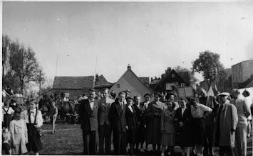 Photo: Lehrerkollegium Wossidloschule 1951/52,  fotografiert und bearbeitet von Foto AG (Elfriede Seel, Ingrid Goretzki jetzt Steinkopf)