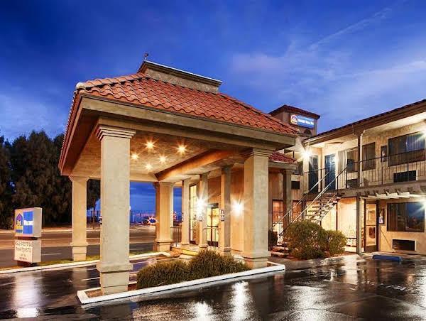 Best Western Desert Villa Inn