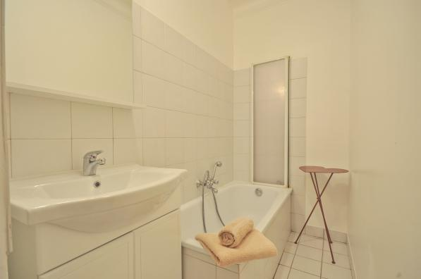 Bathroom at 2 Bedroom Apartment in Louvre & Les Halles