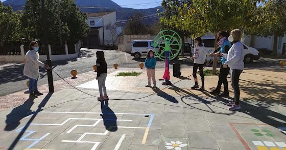 Día Internacional de la Familia con unas 'Miniolimpiadas' de juegos