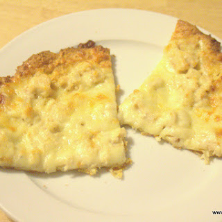 Low Carb Chicken Alfredo Pizza