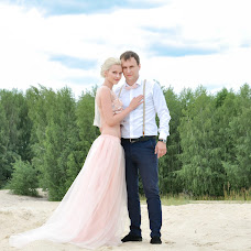 Wedding photographer Kristina Gluschenko (KristinaKort). Photo of 22.06.2016