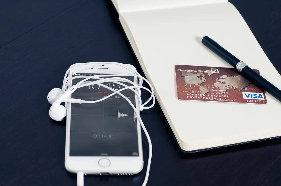 Iphone met een Visakaart