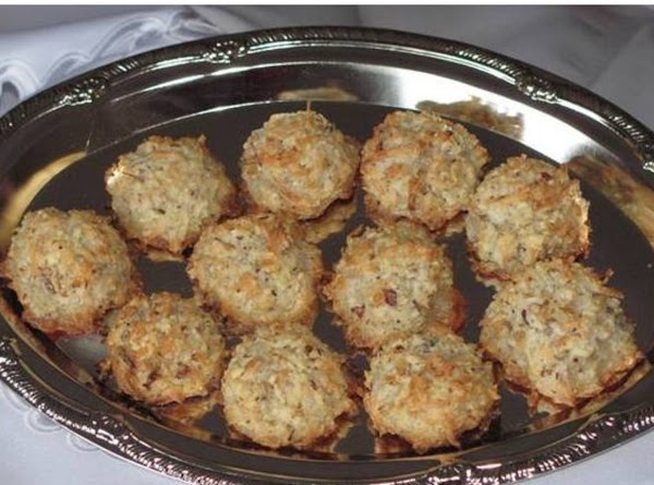 Almond - Coconut Macaroons Recipe