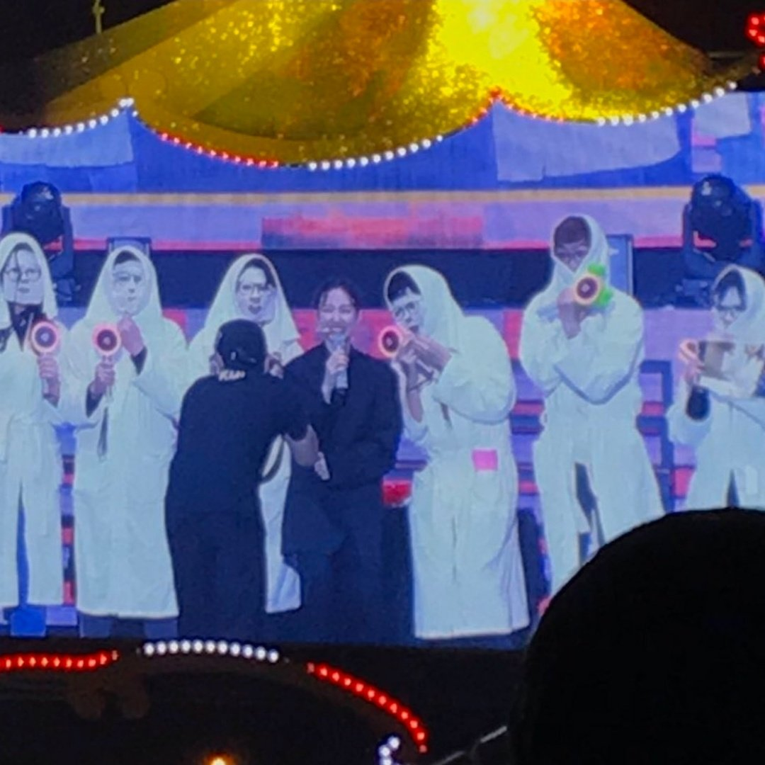 nayeon facemask costume
