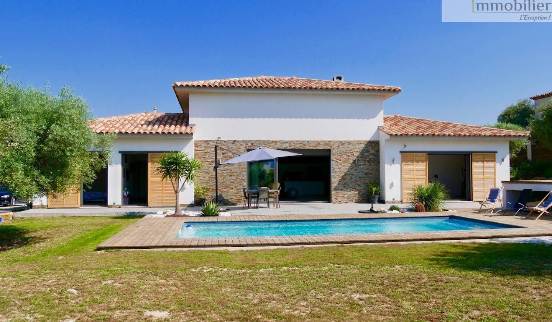 Maison avec piscine et terrasse Le Beausset