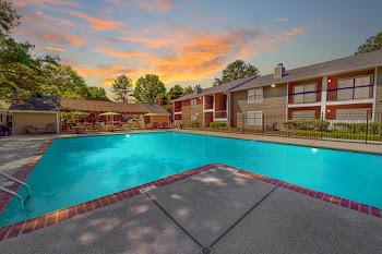Go to Hickory Farms Apartments website