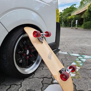 ハイエースバン TRH200V SUPER GL 2018年式のカスタム事例画像 keiji@黒バンパー愛好会さんの2020年07月22日17:53の投稿